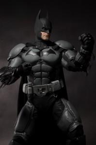 BATMAN STATUE3