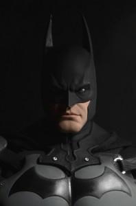 BATMAN STATUE4