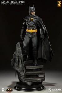 Michael_Keaton_Batman_Premium_Format_Figure_08__scaled_600