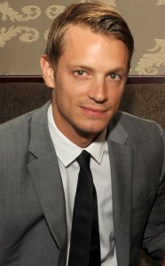 rs_634x1024-130906135607-634..Joel-Kinnaman.ls.9613_copy