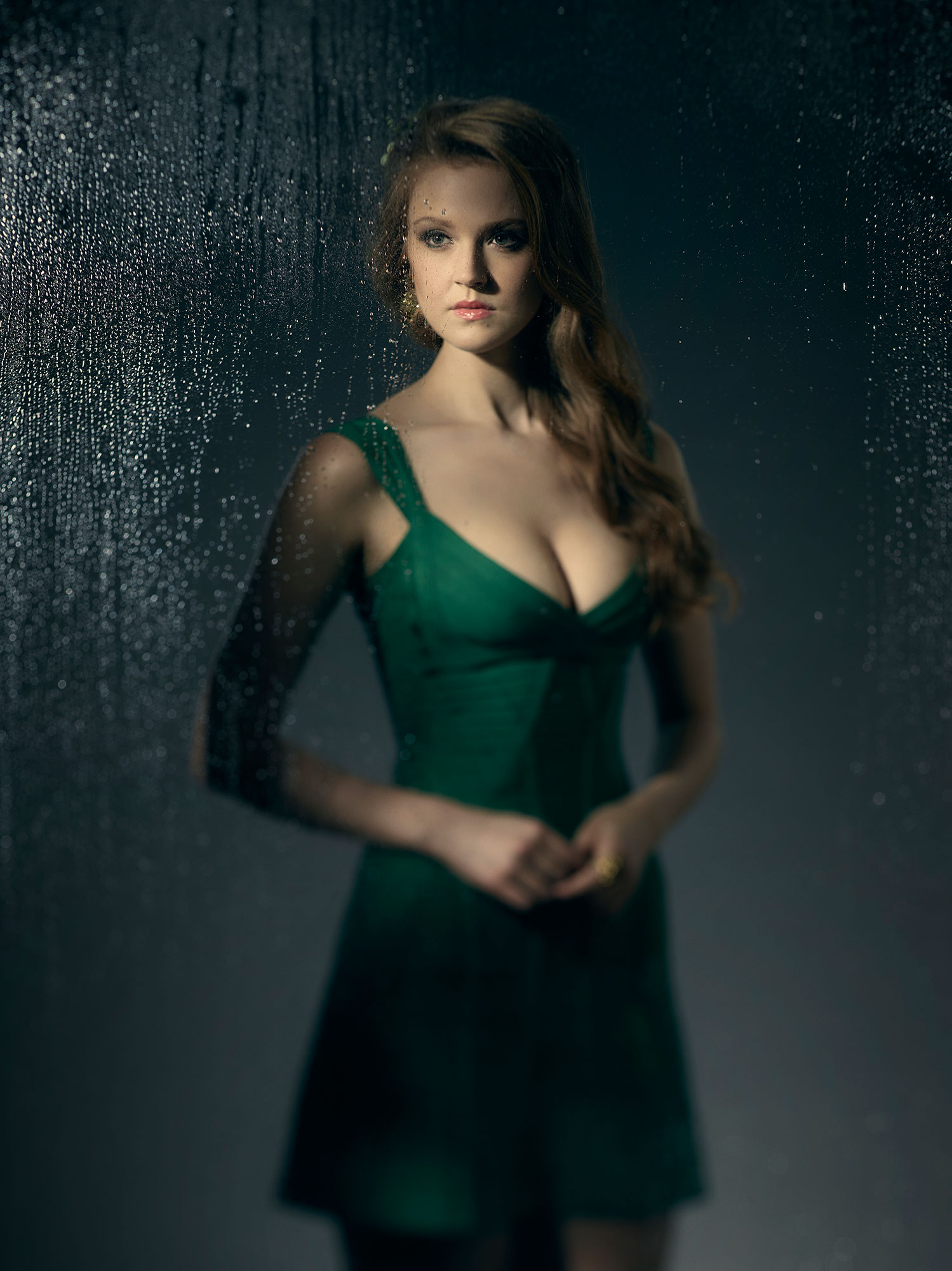 First Look at 'Gotham's' New Poison Ivy and Season 3